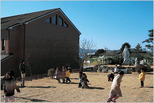 안동지역 민주화운동의 성지 목성동 성당 사진