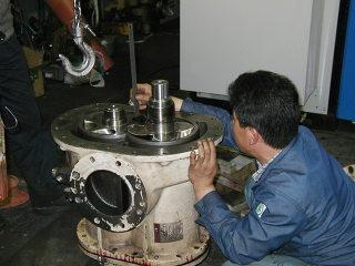 에어콤프레샤 (기계)전문가의 자세