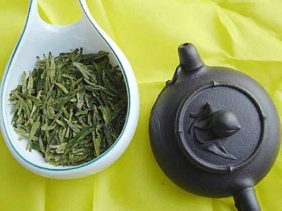 서호용정차(西湖龍井茶) 시장의 난상