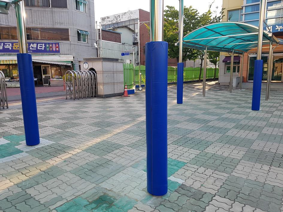 대구북비산초등학교 원형지주파이프 보호대 시공