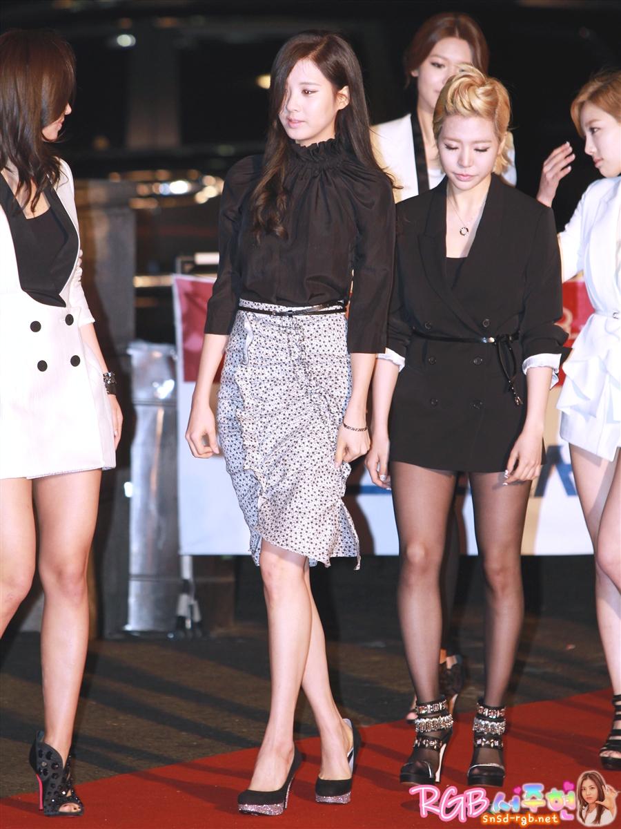 Dl   Pics  120119 Seohyun Red  U2013 Carpet   21st Seoul Music Award By Rgb  Uc11c Uc8fc Ud604
