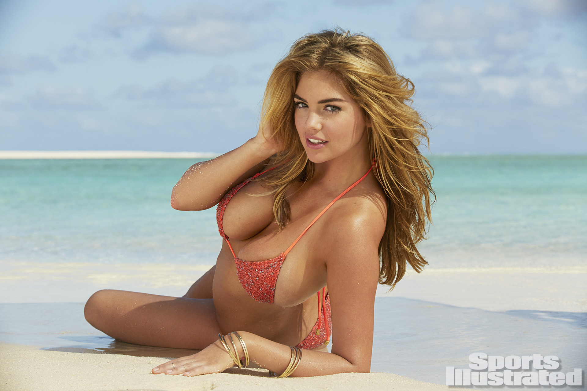 hot Kate Upton in sexy swim wear