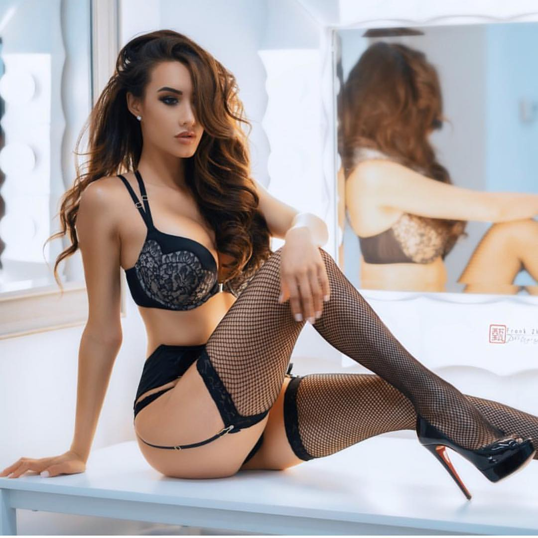 hot mood sexy girl